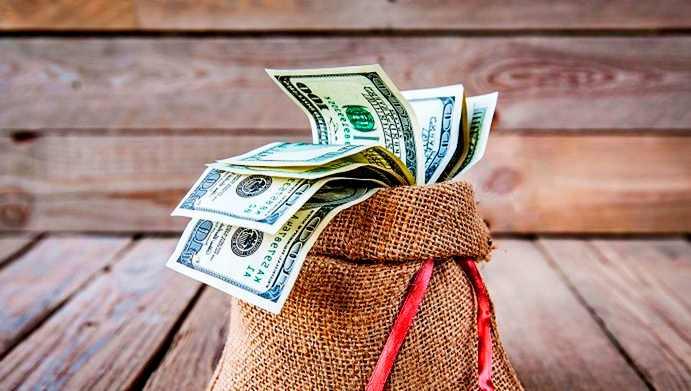 Доллары в мешке